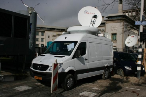 Newslive's latest HD-SNG in front of the Tribunal for  Yougoslavia.