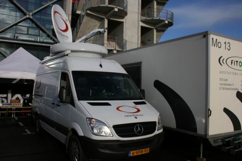 Newslive HD SNG ready for the fist uplink of the day.