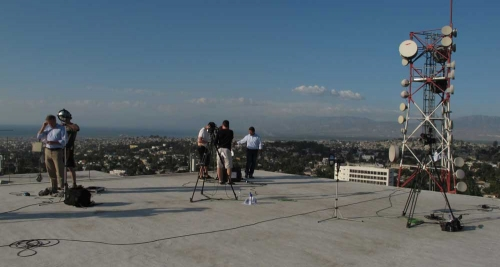 3 live positions overlooking Port au Prince
