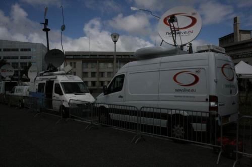 Newslive HD Redundant truck.
