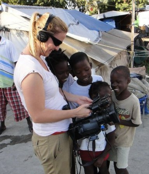 Natalie Carney (FSN) Sharing footage with children during Presidential elections in Haiti (11/10)