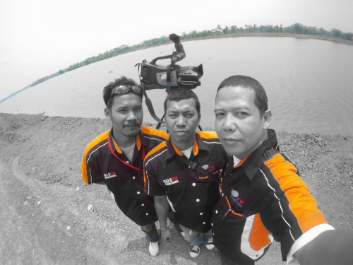 from left to right, Kaming; Usman; Ario Damar