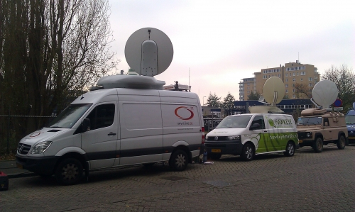 3 uplinks for all connections on different satellites