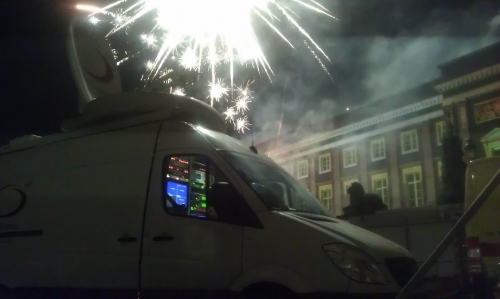 Live for VRT during the fireworks near royal palace.