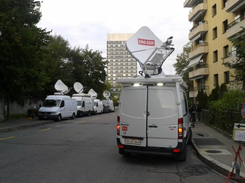 Geneve SNG Trucks Live CNN