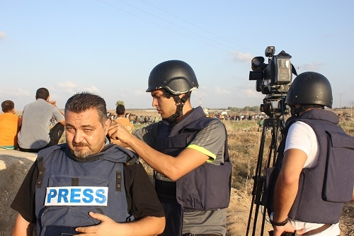 Preparing for the live stand up at the eastern borders of Gaza strip