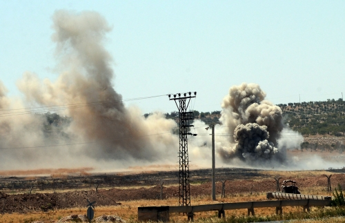 Live footage during explosions at Turkey-Syria border