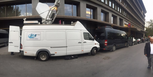 IHA covers the whole arrival, from airport to the hotel where Maduro is staying. Our SNG arriving to the hotel