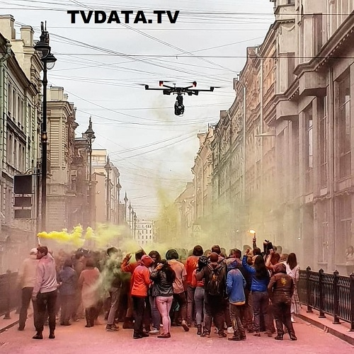 In case you would like to hire a qualified drone video operator in Moscow, expect to pay up to $1,000 for a one to a five-minute video. It takes about 8 takes to produce a quality aerial video. The price will differ depending on your location in Russia, if a videographer speaks English or native Russian, needed editing, and the difficulty of what you want to shoot, please speak to us anytime at + 44 7 9222 74 952 What's App