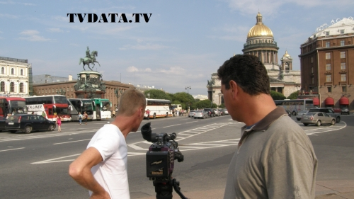 Russian – English speaking Video Production Manager / producer in Russia. Lots of video production experience and interest in producing engaging videos for international audience. Can manage a professional camera crew team and video editors. Work in various Russian locations. +79258381992 whats app / +447922274952