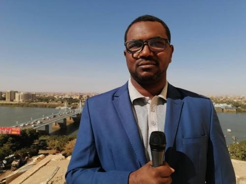 Funjj Media , balcony live position