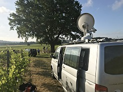 Newsplash offers Ka-band IP SNG truck facilities in London and south east England.