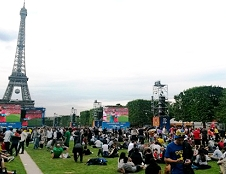 Reuters-TIMA provides live stand-up positions at the Euro2016 fanzone in Paris.
